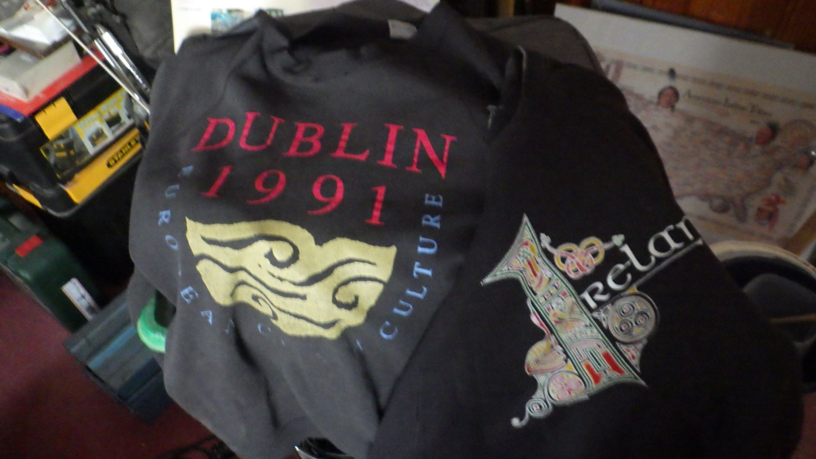 1991 was a fine year for, er, me going to Dublin and buying sweat shirts